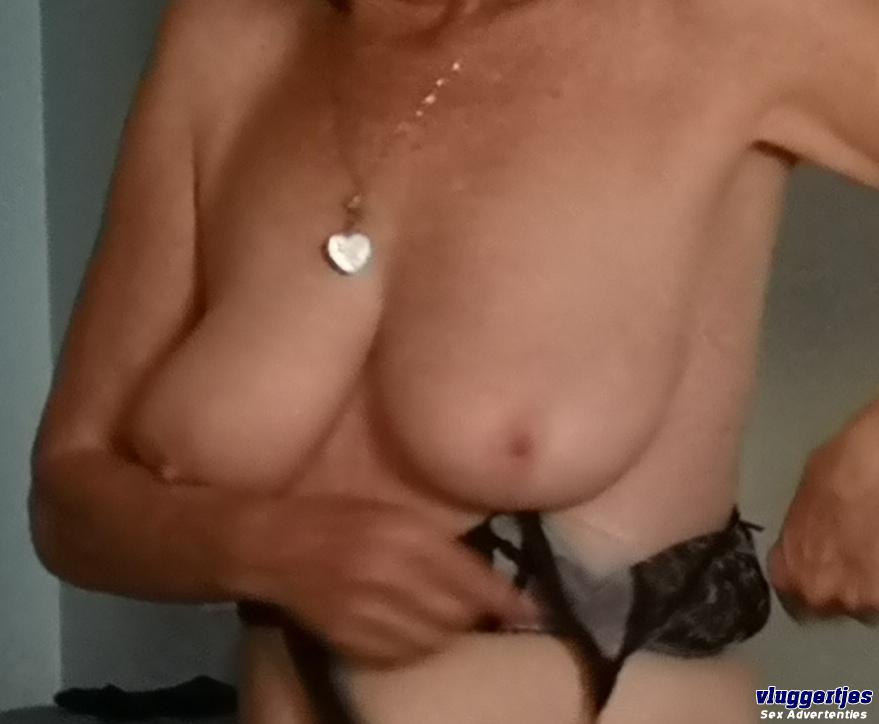 Lucycuck (62)